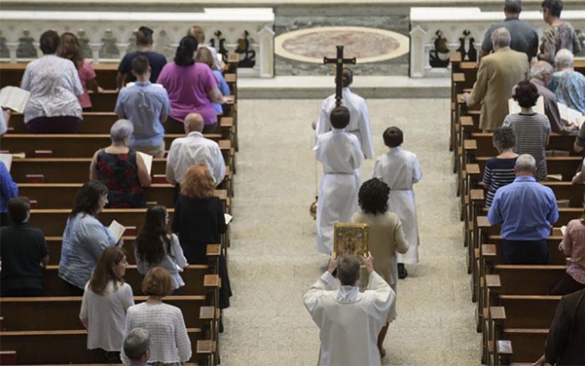 Publican lista de 89 curas de la Orden Jesuita acusados de abuso sexual en EEUU