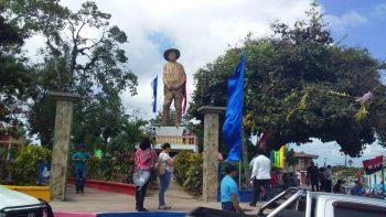 Juventud Sandinista rinde homenaje a padres de Augusto C. Sandino en Niquinohomo