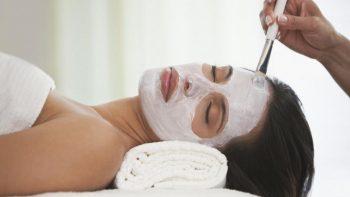 Mascarilla casera para eliminar manchas de acné y sol
