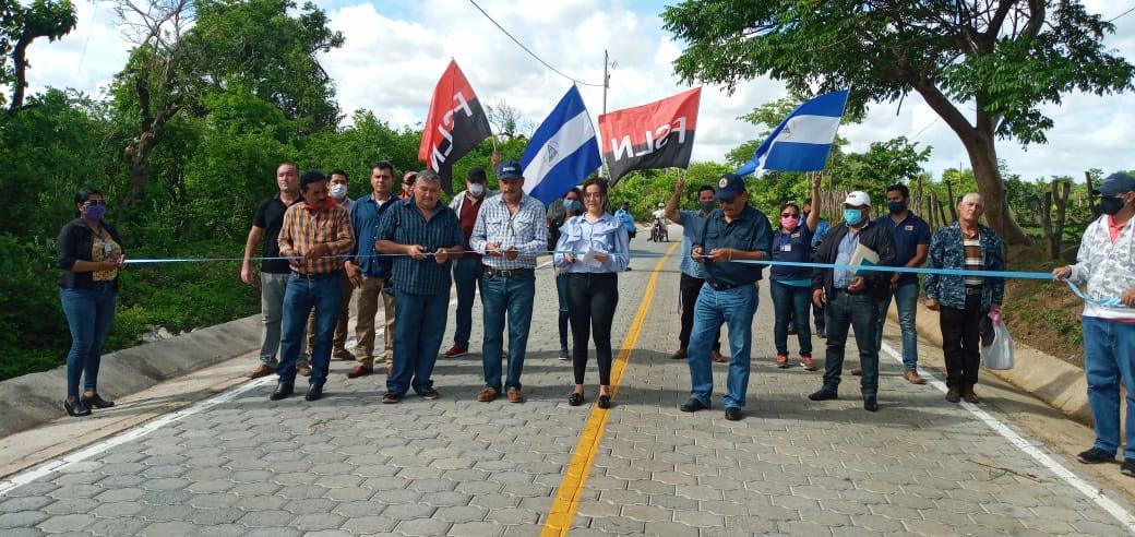 2 kilómetros de adoquinado diriamba calles para el pueblo nicaragua sandinista