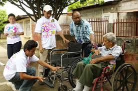 entrega de sillas de ruedas en estelí