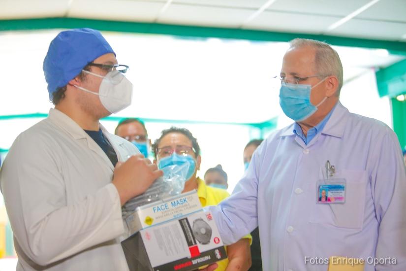 Trabajadores de la Salud cuentan con equipos de protección personal