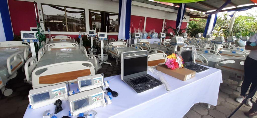ministerio de salud recibe equipo