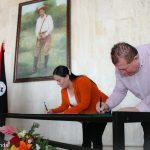 Minjuve firma convenio para promoción del arte y cultura