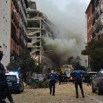 Fuerte explosión destroza un edificio en el centro de Madrid, España