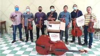 Entregan donación de cuerdas a la Orquesta Nacional de Nicaragua