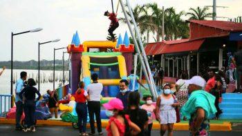 Tarde cultural en el Puerto Salvador Allende