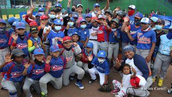 Inauguran Campeonato de Béisbol Infantil