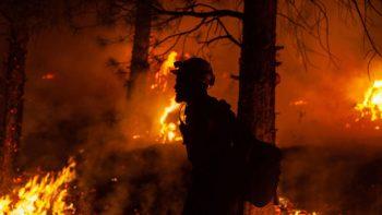 Avanza Incendio forestal en el Oeste de EE.UU.