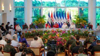 Presidente Daniel Ortega se reúne con el Presidente de Honduras, Juan Orlando Hernández